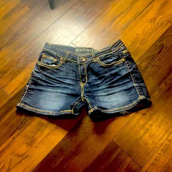 Cambridge Jean shorts